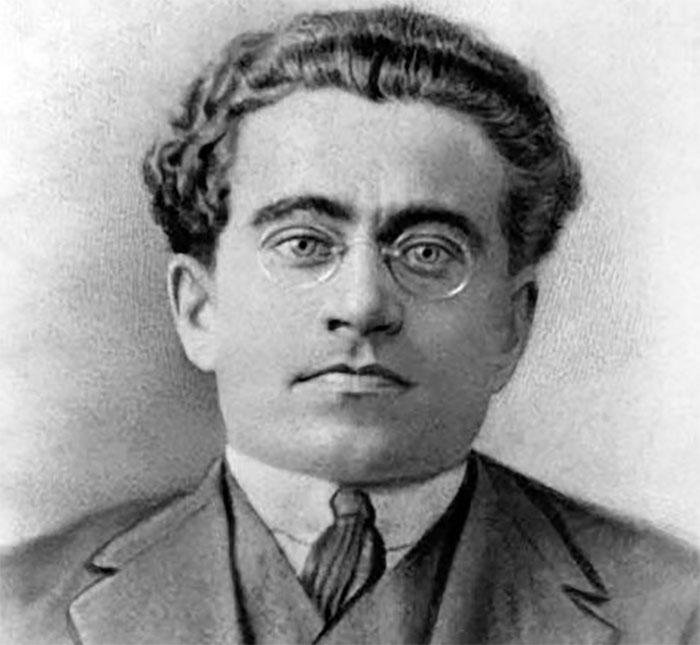 """Quando mi chiedono """"Cosa farai a Capodanno?"""" vorrei rispondere con le parole di Antonio Gramsci"""